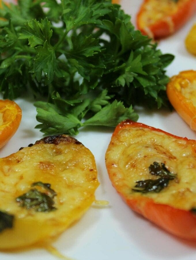 Easy Sweet Pepper Poppers